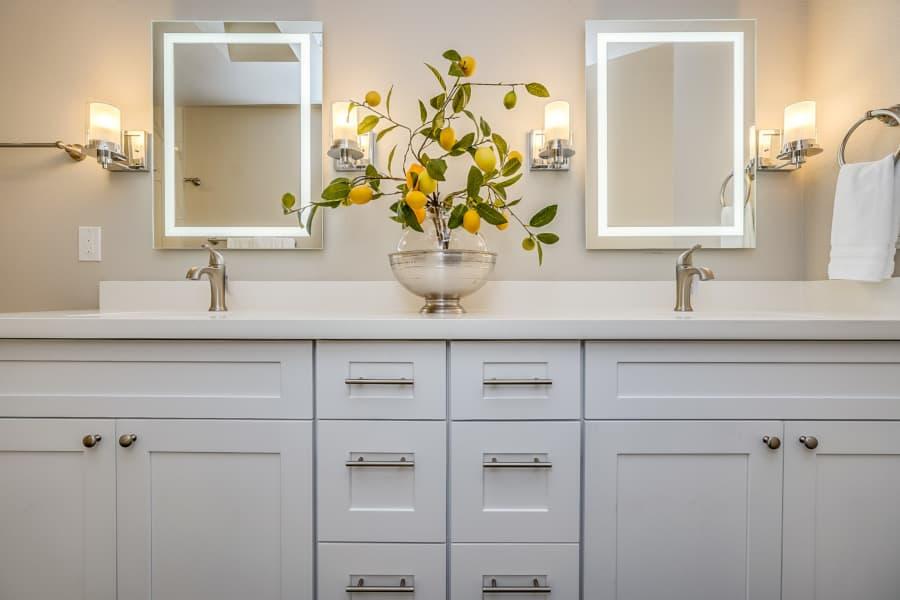 white shaker bathroom cabinets in arizona