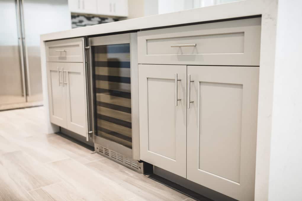 design kitchen cabinetry