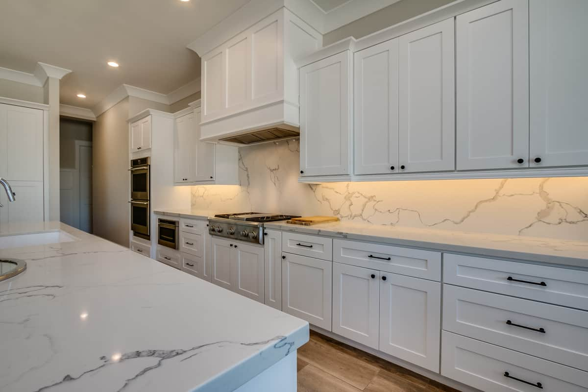 New white quality cabients for kitchens