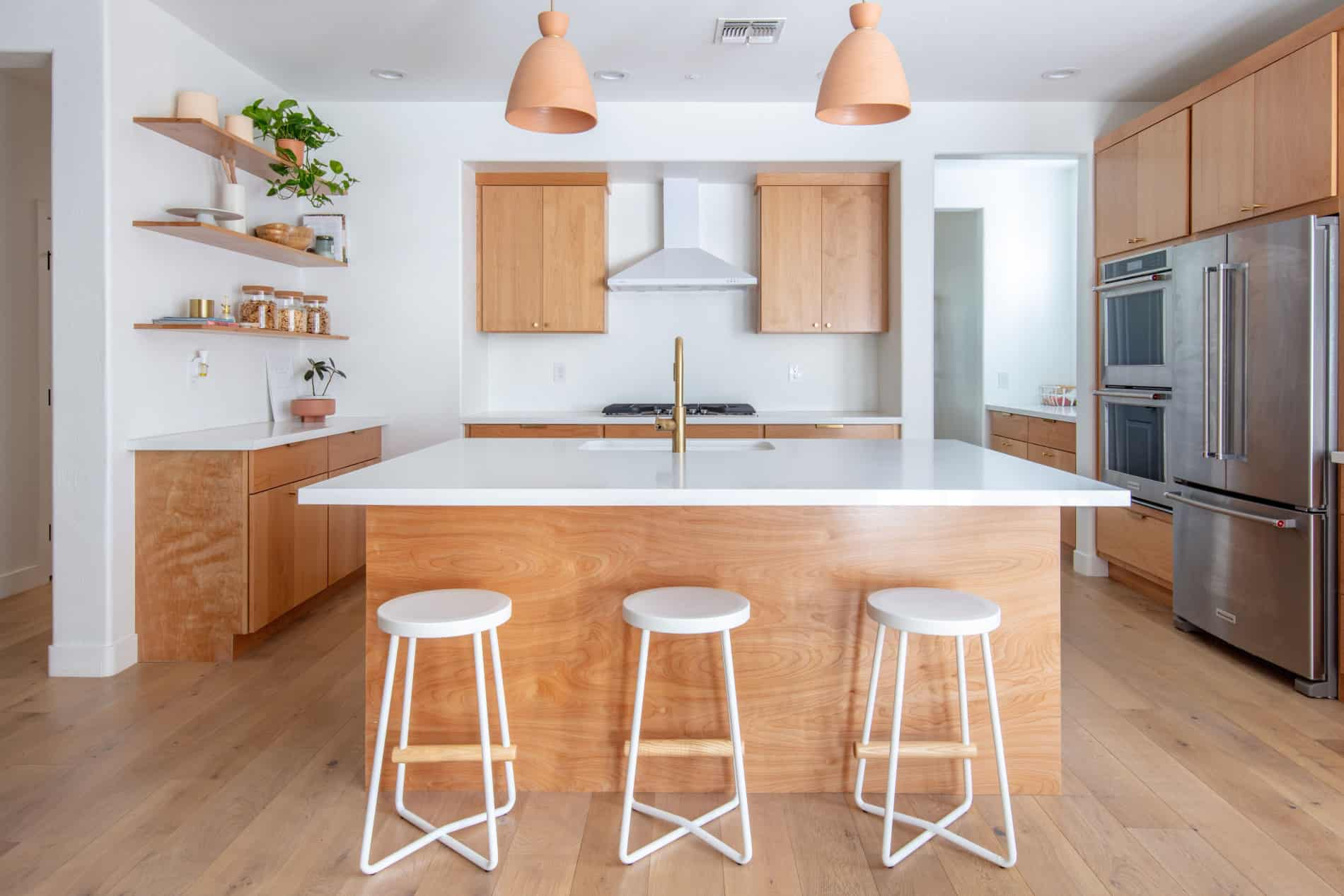 How to clean kitchen cabinets without damaging them