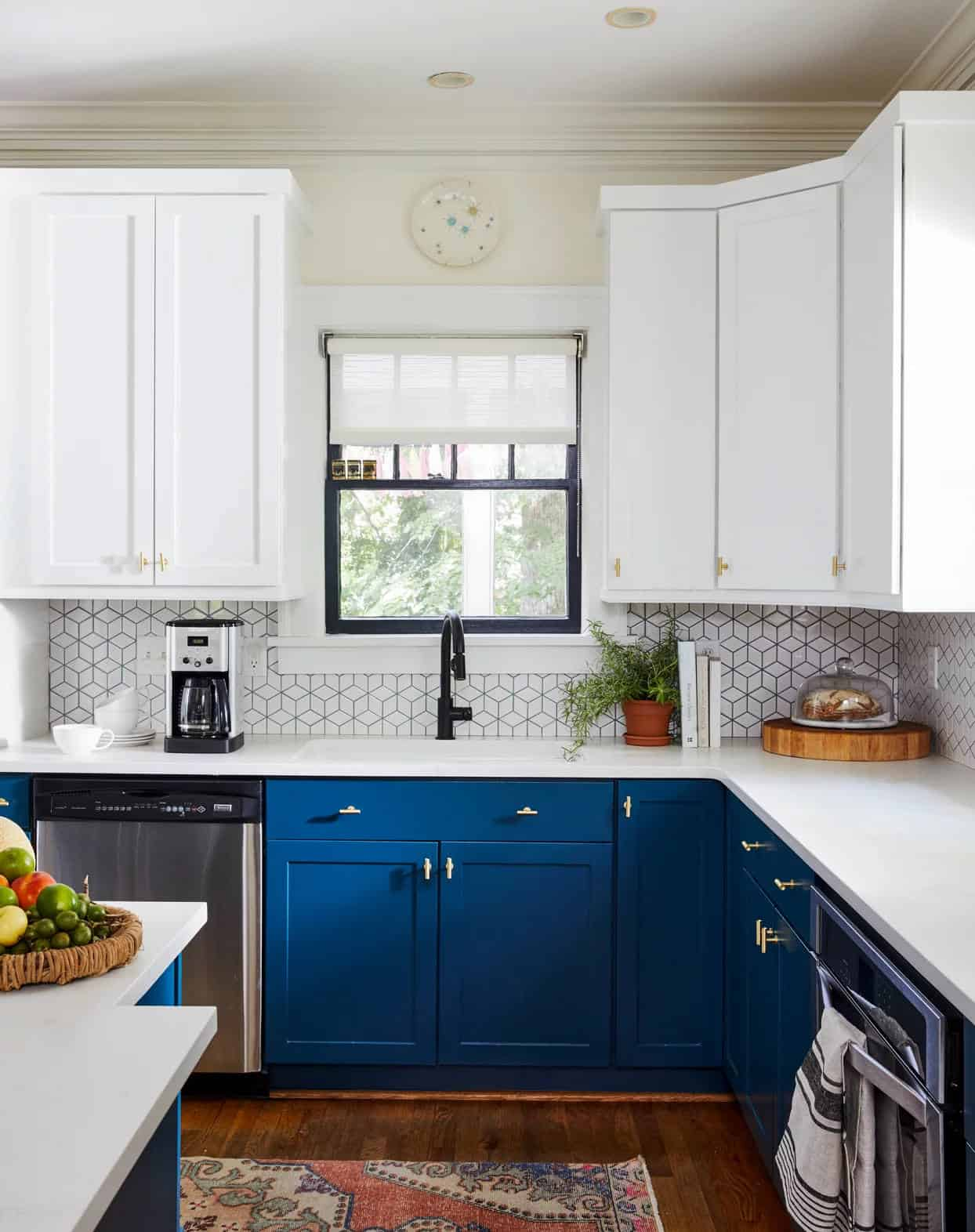 What Color Kitchen Cabinets Are Timeless? - Madera Cabinets